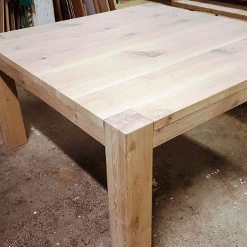 tavolo moderno in rovere rustico